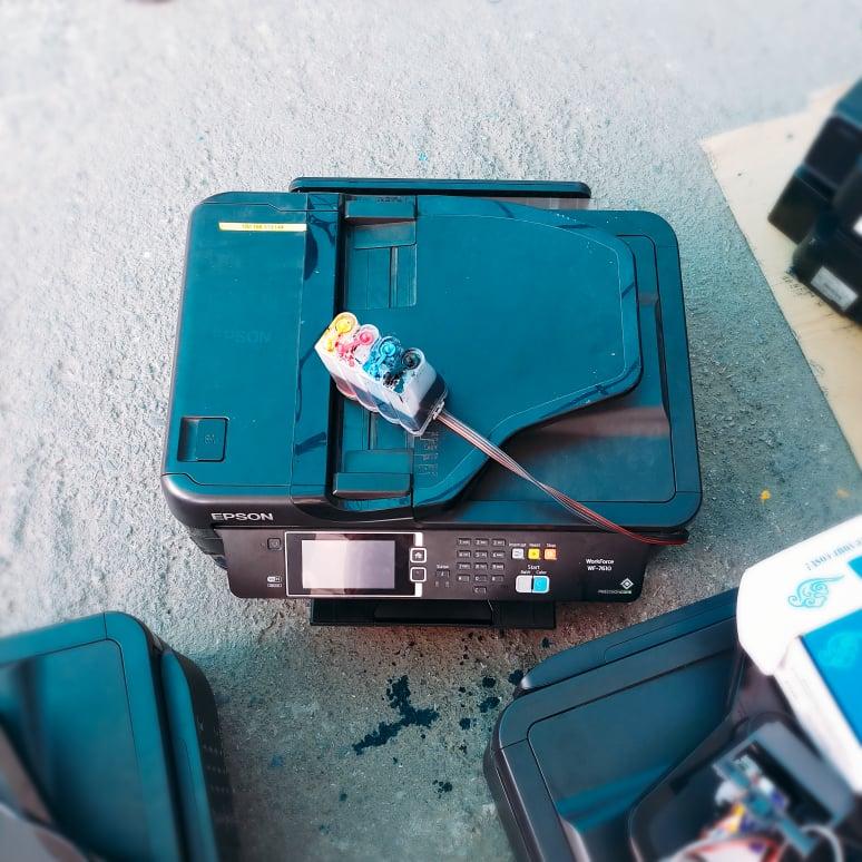 Máy in màu Epson wf7610 cũ